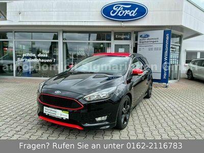 gebraucht Ford Focus ST-Line Black Edition