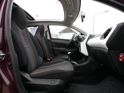 gebraucht Peugeot 108 TOP! Active 1.0 VTi Faltdach Klima Sitzhei