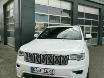 gebraucht Jeep Grand Cherokee 3.0L Overland* Kamera, EURO6d-TE als SUV/Geländewagen/Pickup in Ettlingen