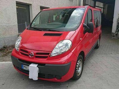 gebraucht Nissan Primastar dCi 115 L1H1 2,7t comfort 9 Sitzer