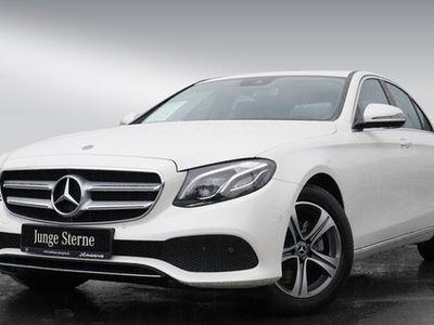 gebraucht Mercedes E200 Avantgarde/Navi/ILS/Cam/Park-A/Totw/DAB