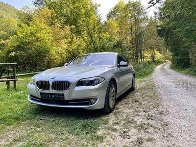 gebraucht BMW 550 5er xDrive Sport-Aut.