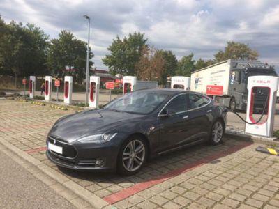 gebraucht Tesla Model S 85D Allrad, SCH free, Pano, Doppel