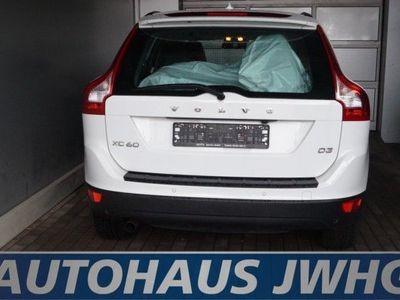 """gebraucht Volvo XC60 D3 Geartr Summum LEDER NAV DISTANZ XEN 18""""A"""