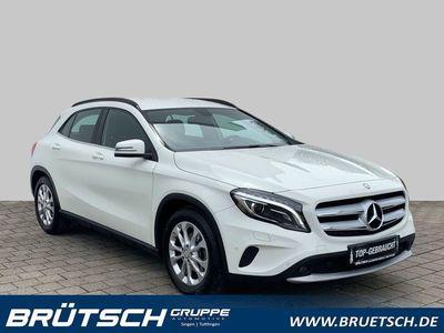 gebraucht Mercedes GLA200 AUTOMATIK / KLIMA / XENON / NAVI / NAVI