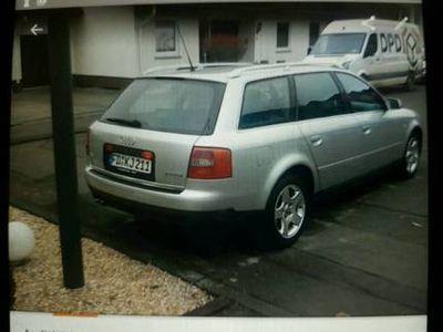 gebraucht Audi A6 Avant 2.5 TDI 150 PS 266.880km 12/2001