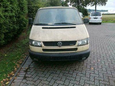 gebraucht VW T4 2.5 Langversion ehemaliger Krankenwagen mit Standheizungen