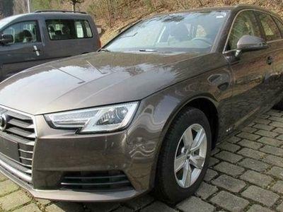 second-hand Audi A4 Avant 2.0 TDI S tronic Navi Xenon