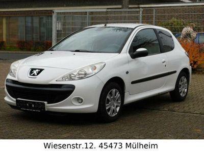 gebraucht Peugeot 206+ 2061.4 75/Klimaatomatik/TUV.12.2020