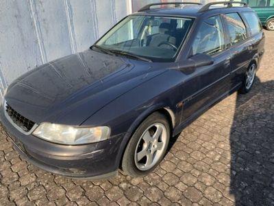 gebraucht Opel Vectra 1.6 Kombi 100 Ez: 06.2000 Ohne TÜV!