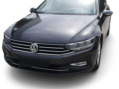 gebraucht VW Passat Passat VariantVariant 1.5 TSI ACT DSG BUSINESS * ACC * AHK * LED * NAVI * PARKTRONIC * KLIMAAUTOMATIK