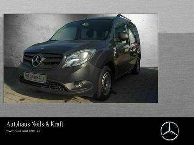 gebraucht Mercedes Citan 109 CDI Tourer Lang mit Rollstuhlrampe als Van/Kleinbus in Gießen