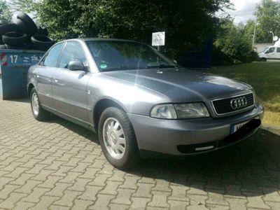 gebraucht Audi A4 2.4i Lim Klimaautomatik fahrbereit...