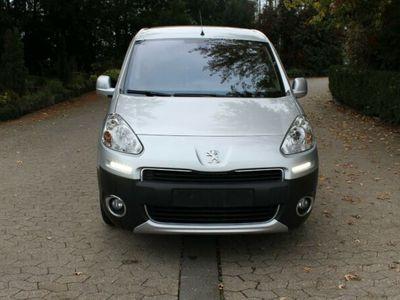 gebraucht Peugeot Partner Tepee Tepee Allure HDI 115 1.6