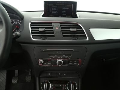gebraucht Audi Q3 2.0 TDI | NAVI AHK LED SHZ schwarz
