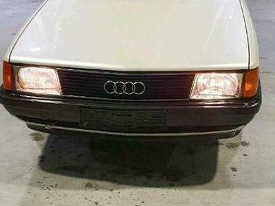 gebraucht Audi 100 c3 1.8