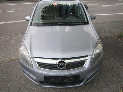 gebraucht Opel Zafira 1.6 CNG als Van/Kleinbus in Netphen