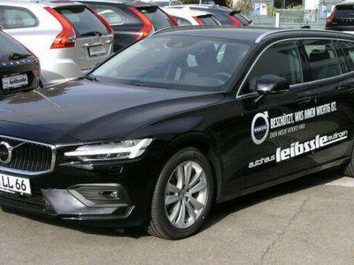 gebraucht Volvo V60 D4 Momentum Geartronic EURO6d-TEMP