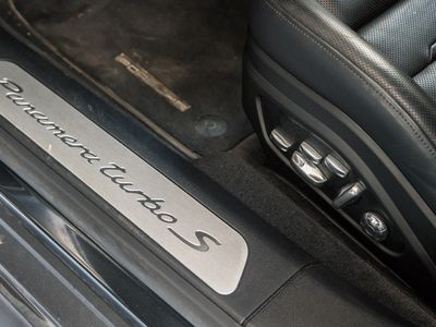 gebraucht Porsche 911 Turbo S PanameraE-Hybrid | Burmester |