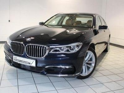 gebraucht BMW 730 d xDrive Komfortsitze Integal-Aktivlenk. AHK