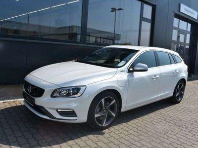 gebraucht Volvo V60 D6 PlugIn Hybr R Design*RFK*NAV*XEN*ACC*E-KZ