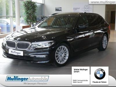 gebraucht BMW 520 i Touring DrivAss HUD SpSi AdapLED RückKam Pano