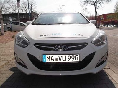 gebraucht Hyundai i40 1.7 CRDi Style 136 PS