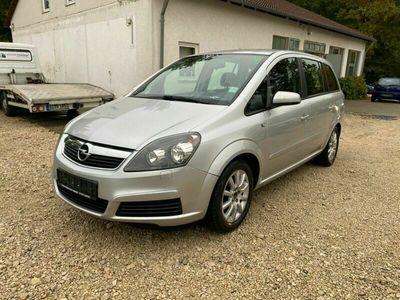 gebraucht Opel Zafira B 1.9 CDTi Edition SHZ AHK