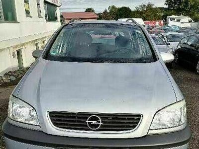 gebraucht Opel Zafira 2.2