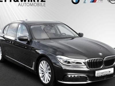 gebraucht BMW 750 d xDrive DriAssist Laser elGLD Harman HUD