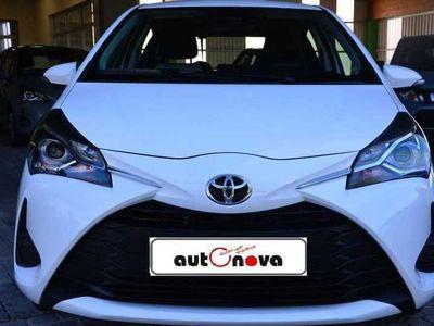 gebraucht Toyota Yaris 1.0 VVT-i Comfort, Tageszulassung bei Alois Mössbauer GmbH