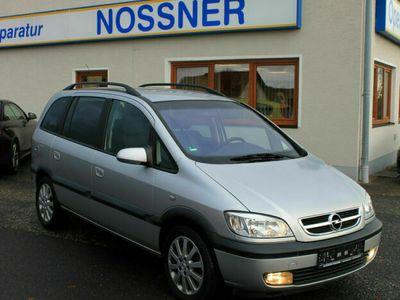 gebraucht Opel Zafira 2.2 Executive Automatic *TÜV 11/19*PDC*