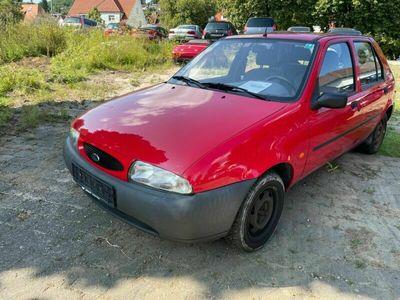 gebraucht Ford Fiesta 1,3 1Hand als Kleinwagen in Bitz