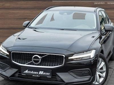 gebraucht Volvo V60 D4 Momentum Aut Leder LED AHK e-Sitze Fernlichtass