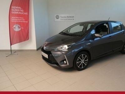 gebraucht Toyota Yaris Hybrid 1.5 VVT-i Team Deutschland