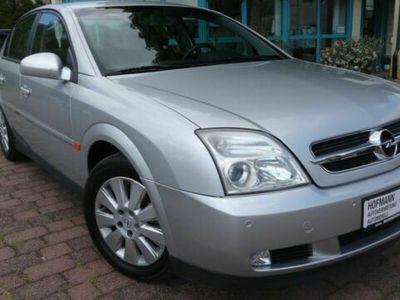 gebraucht Opel Vectra 2.2 Elegance bei Gebrachtwagen.expert