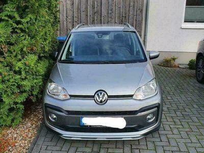 gebraucht VW cross up!
