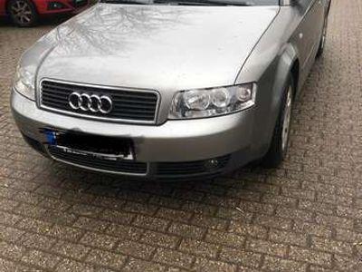 gebraucht Audi A4 2.0L 135.000km
