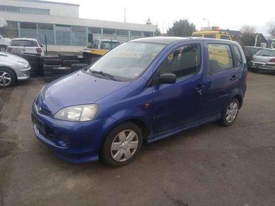 gebraucht Daihatsu YRV 1.3 Blueline