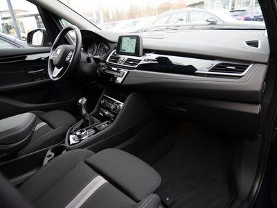 käytetty BMW 218 Active Tourer i Sport Line