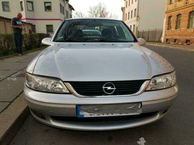gebraucht Opel Vectra B Bj 05.00 HU 11.20
