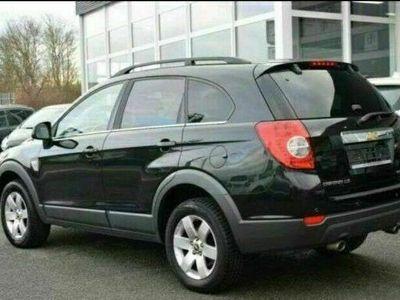 gebraucht Chevrolet Captiva 2.0 4WD 7 Sitzer Automat... als SUV/Geländewagen/Pickup in Spandau