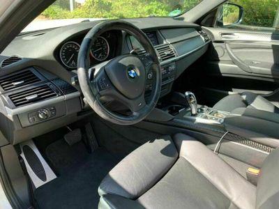 gebraucht BMW X6 M50 als SUV/Geländewagen/Pickup in frankfurt am maln