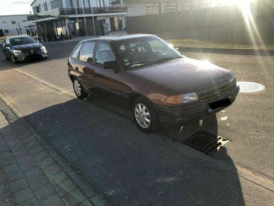 gebraucht Opel Astra wenig km Tausch möglich
