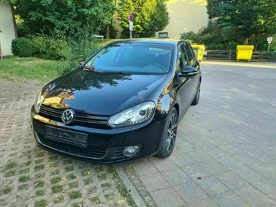 gebraucht VW Golf 1.6 TDI DPF DSG Highline