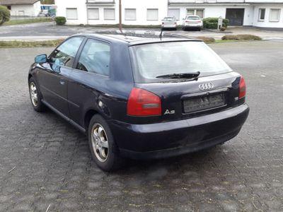 gebraucht Audi A3 1.6 Benzin.--- Kat. D4---