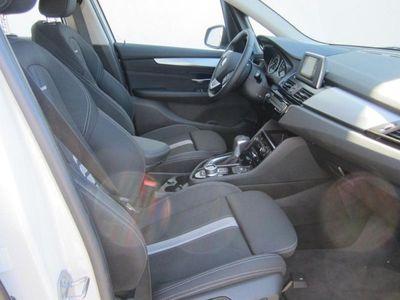 gebraucht BMW 218 Active Tourer d Advantage Navi LED RFK PDC