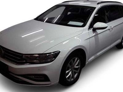 gebraucht VW Passat Passat VariantVariant 1.5 TSI DSG Business AHK/Navi/App
