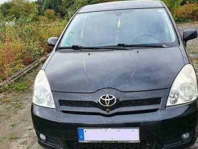 gebraucht Toyota Corolla Verso 2,2 D Klima 7 Sitzer ...