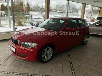 gebraucht BMW 118 Coupé i Automatik Navi PDC SHZ 5-Sitzer als Limousine in Fürth